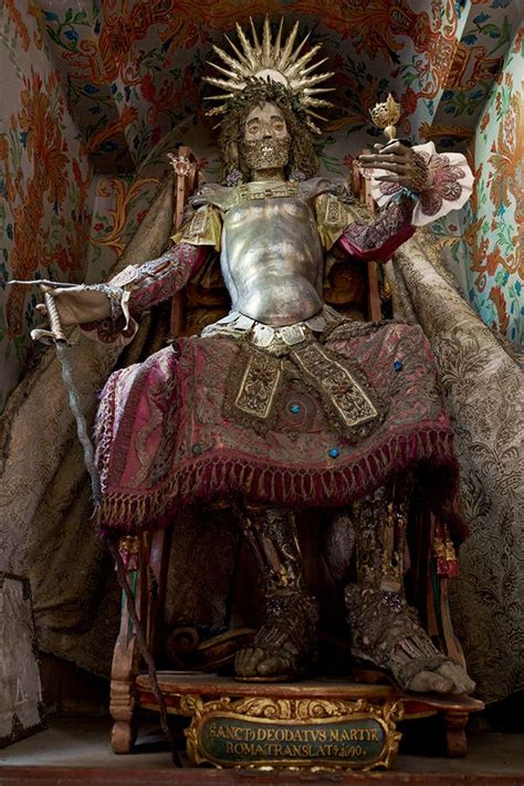 450-year-old Bejeweled Skeletons Look Spectacular after Death