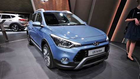 2016 Hyundai I20 Active Pictures, Photos, Wallpapers