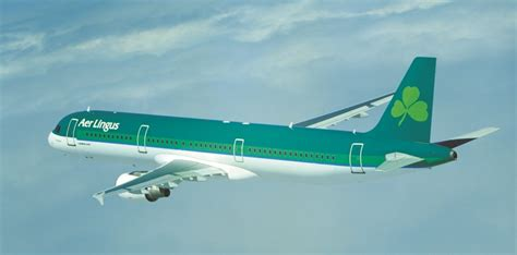 Travelling to Ireland by plane - Golfing & Leisure