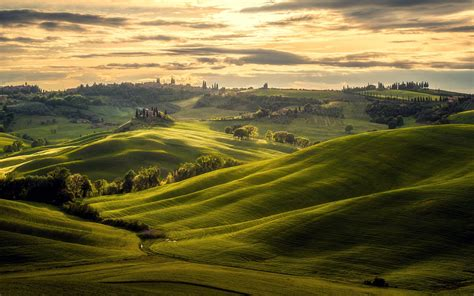 Tuscany hills landscape, Italy, Europe - HD wallpaper