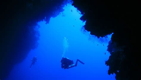 Blue Hole in Egypt – The most dangerous dive spot in the